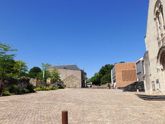 Bouchemaine place abbe thomas -2015a.jpg