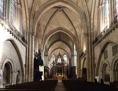 Angers cathedrale interieur 2011a.jpg