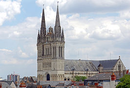 Angers cathedrale 2014b.jpg